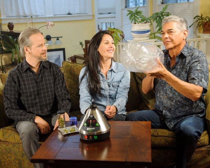 new-stock-photos-take-a-mature-approach-to-marijuana-smokers-93259-960x768