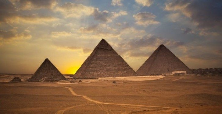 Amazing_Facts_Great-Pyramid_2-777x400