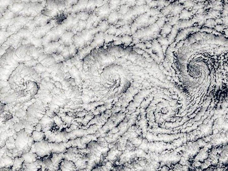 large_cloud_spirals