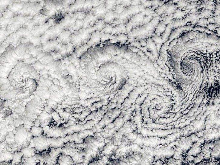 large_cloud_spirals