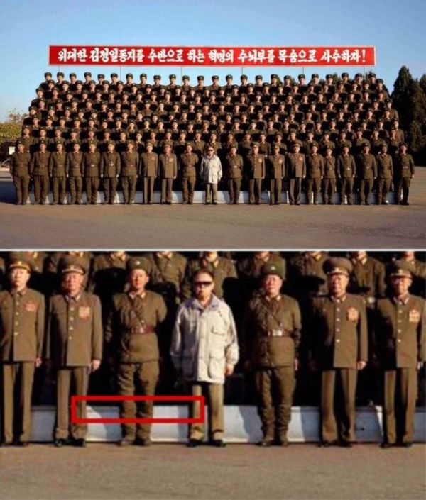 north_korean_officials_get_photoshop_totally_wrong_05