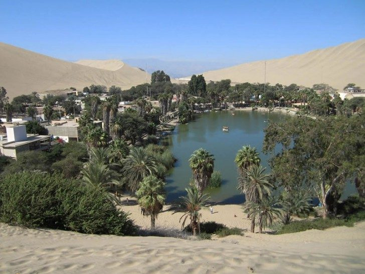huacachina-village-desert-oasis-in-peru-11