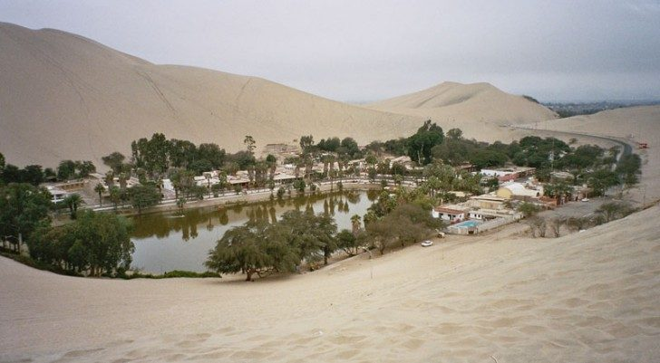 huacachina-village-desert-oasis-in-peru-8