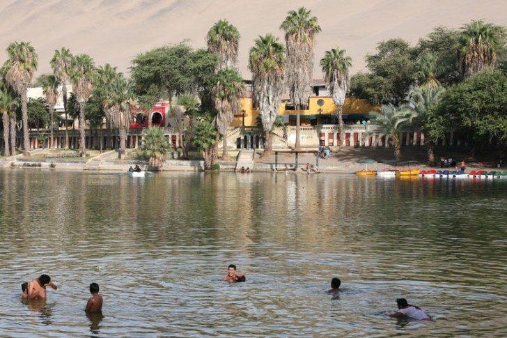 huacachina-village-desert-oasis-in-peru-9