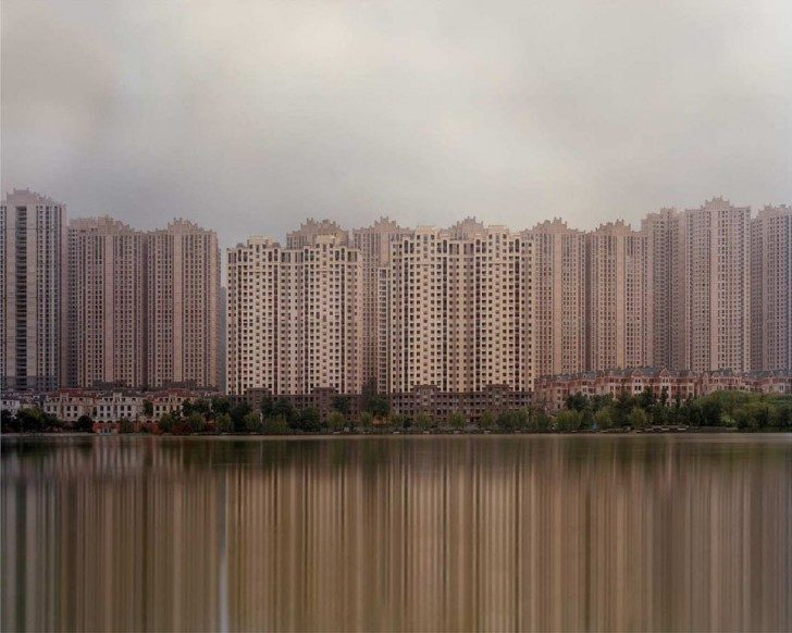 the-unreal-emptiness-of-chinas-ghost-cities-16565-960x768