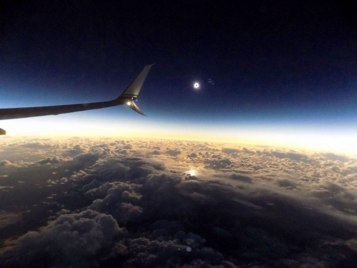 total-solar-eclipse-plane