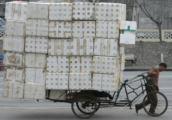yes-you-can-this-is-how-the-worlds-most-overloaded-transport-looks-like-70245