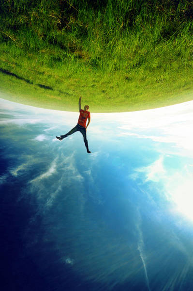 amazing-surreal-images-created-with-forced-perspective-technique-56986