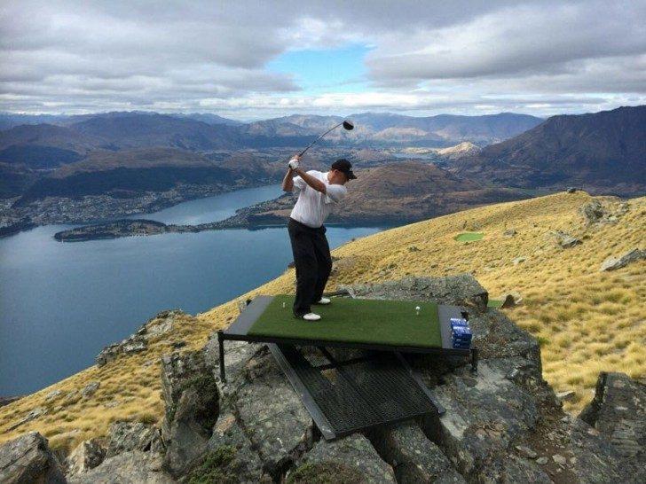 par-3-in-the-sky-helicopter-golf-queenstown-new-zealand-5