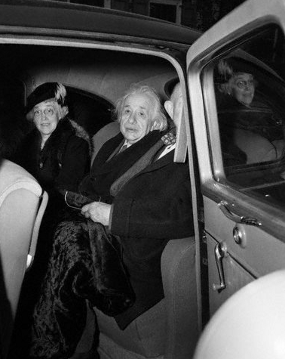 Einstein-Frank-Aydelotte-and-wife-2