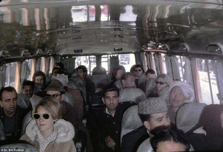 W autobusie wycieczkowym z Kabulu do Peshawar w Pakistanie.