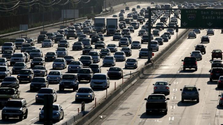korek-na-autostradzie