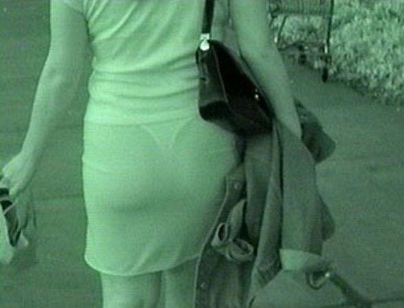 la-fotografia-infrarroja-permite-a-traves-de-la-ropa1