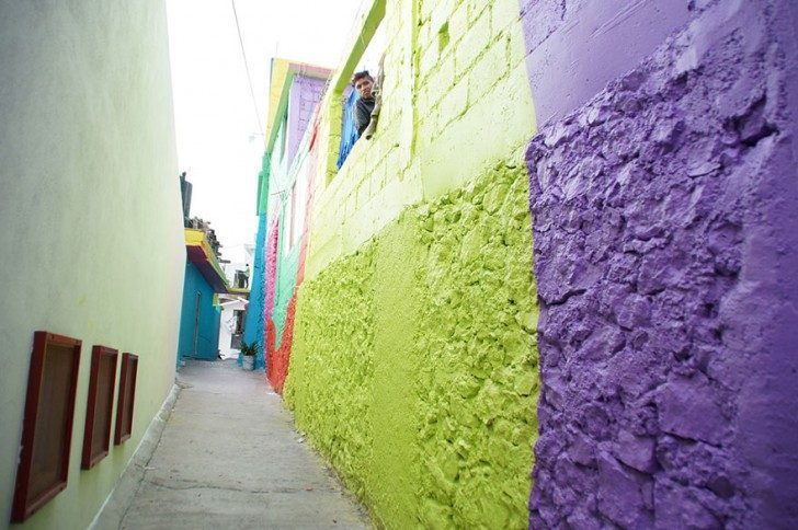 mexican-government-asked-street-artists-to-paint-200-houses-to-unite-community-44170