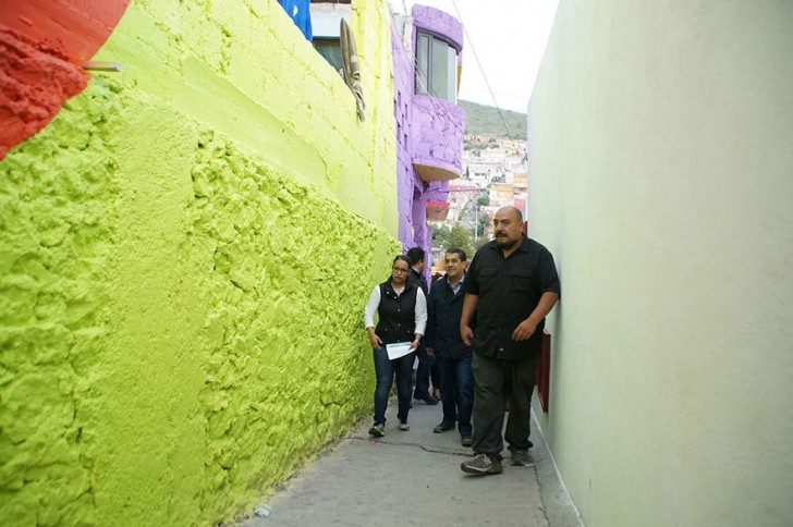 mexican-government-asked-street-artists-to-paint-200-houses-to-unite-community-75806