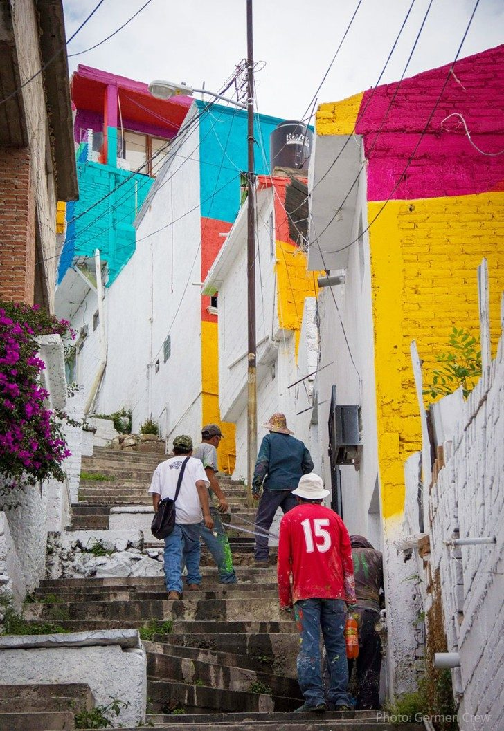 mexican-government-asked-street-artists-to-paint-200-houses-to-unite-community-89818