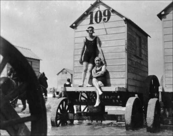 rare-retro-beach-photos-31325