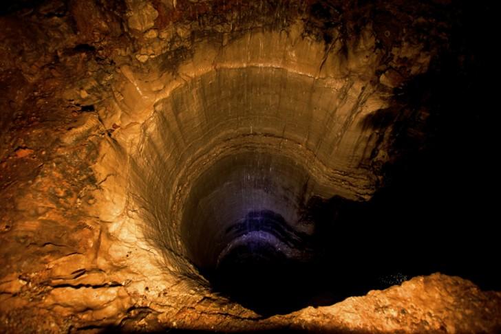 tunel-przez-srodek-ziemi-3