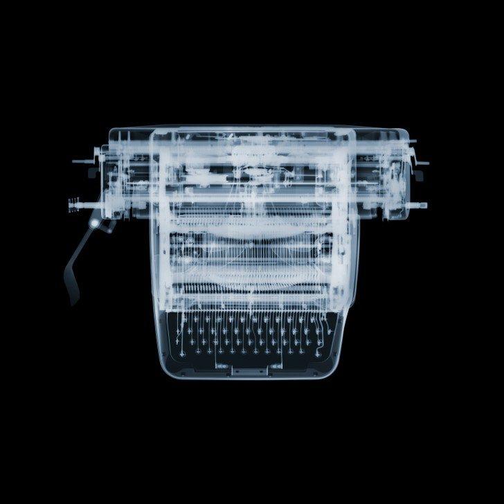typewriter_lres