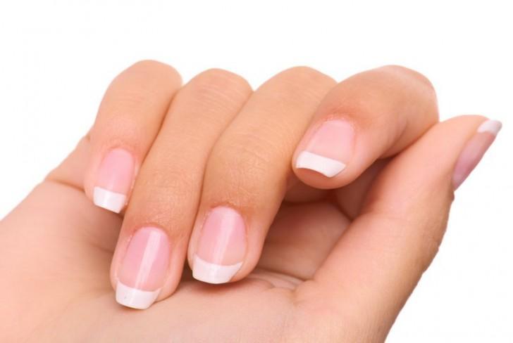 Sprawdź swoje zdrowie patrząc na paznokcie