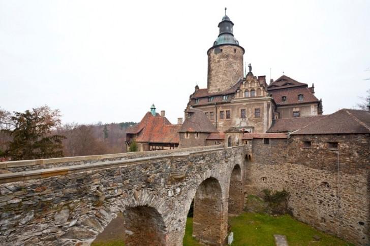 Zamek-Czocha-Lesna-799863