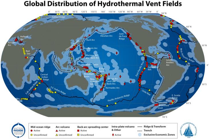 Rozmieszczenie kominów hydrotermalnych na świecie. Źródło: NOAA