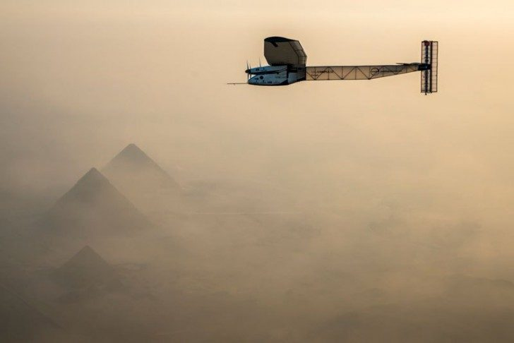 solar-impulse-plane-circumnavigates-globe-without-single-drop-of-fuel-21