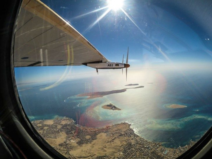 solar-impulse-plane-circumnavigates-globe-without-single-drop-of-fuel-23