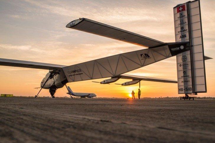 solar-impulse-plane-circumnavigates-globe-without-single-drop-of-fuel-7