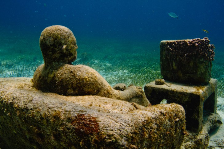 underwater-sculpture-inertia-jason-decaires-taylor