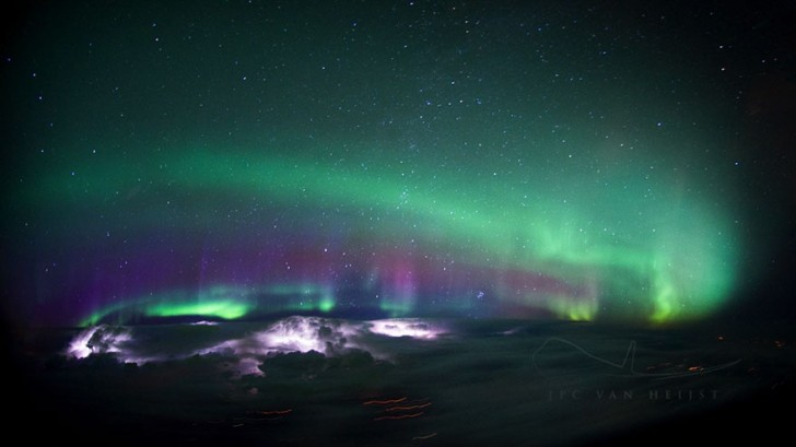 storm-sky-photography-airline-pilot-christiaan-van-heijst-1-57eb67ed2ee5a__880