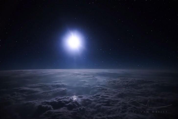 storm-sky-photography-airline-pilot-christiaan-van-heijst-11-57eb6803f2f73__880
