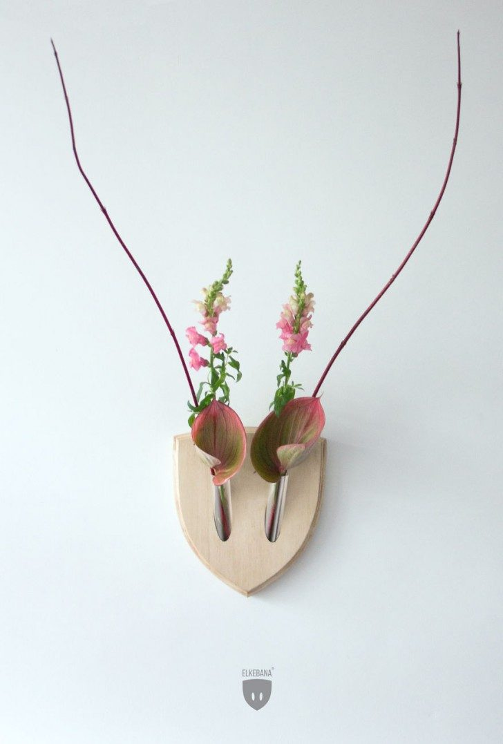 turn-plants-into-vegan-antler-wall-mount-with-this-cool-design1__880