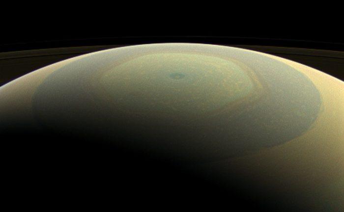 NASA/JPL-Caltech/Space Science Institute)