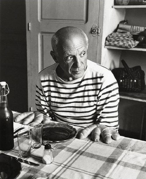 pablo-picasso-bread-hands