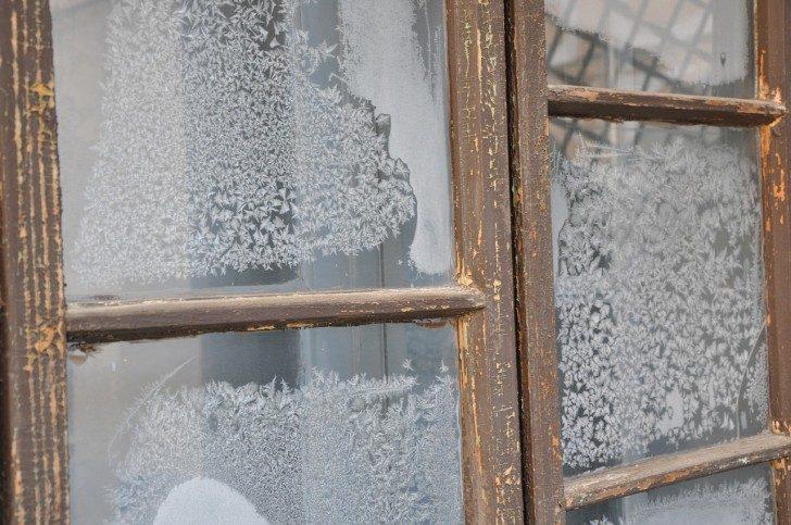 window-241068_1280
