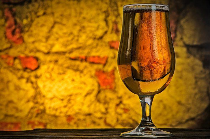Alkohol pomaga w nauce języków obcych