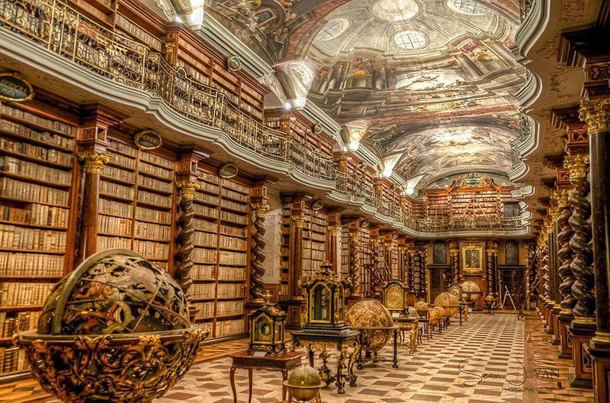 Clementinum w Pradze