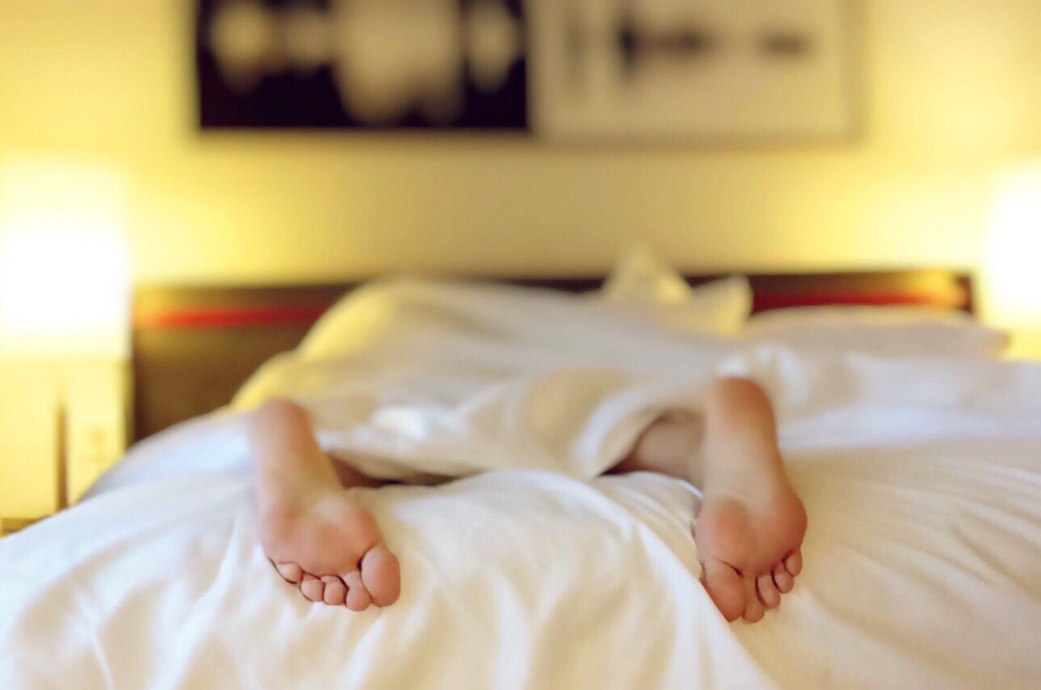Przekąski na dobranoc! Co jeść, by dobrze spać?