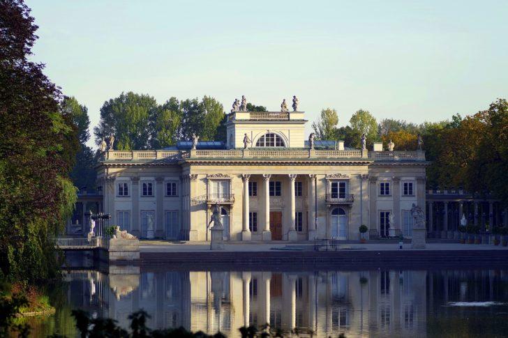 Wszystko O Warszawie Amfiteatr W łazienkach Królewskich
