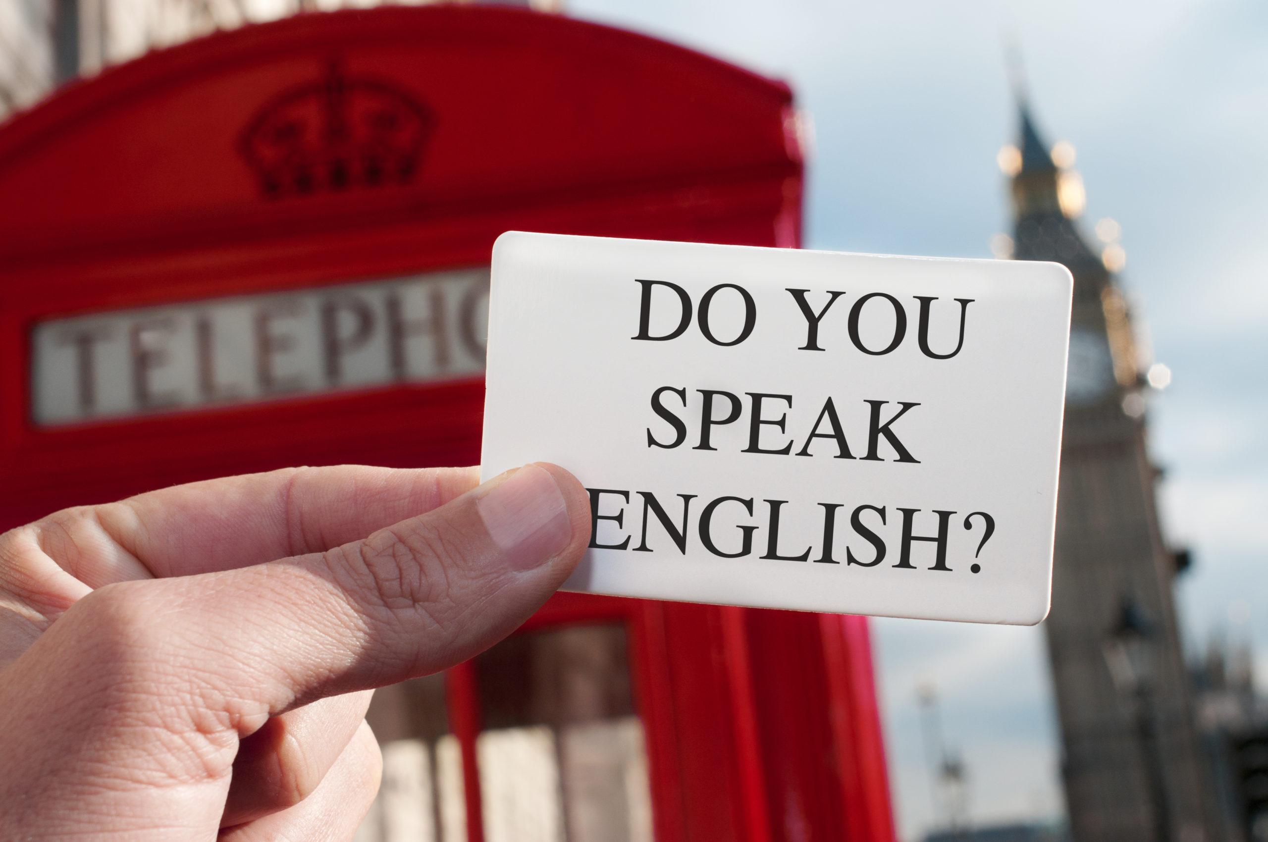 Angielski królem języków. Skąd się wzięła jego popularność?