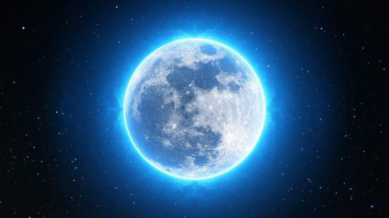 Niebieski Księżyc na całym świecie po raz pierwszy od 76 lat